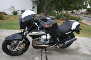Moto Guzzi Breva 1200 Sport, click for larger picture.