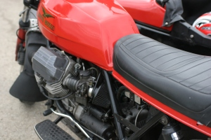 Nice Guzzi 850 with Sidecar Rig