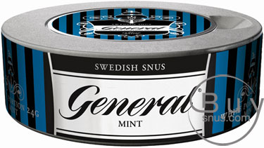 A can of General Mint Snus (mini packets)